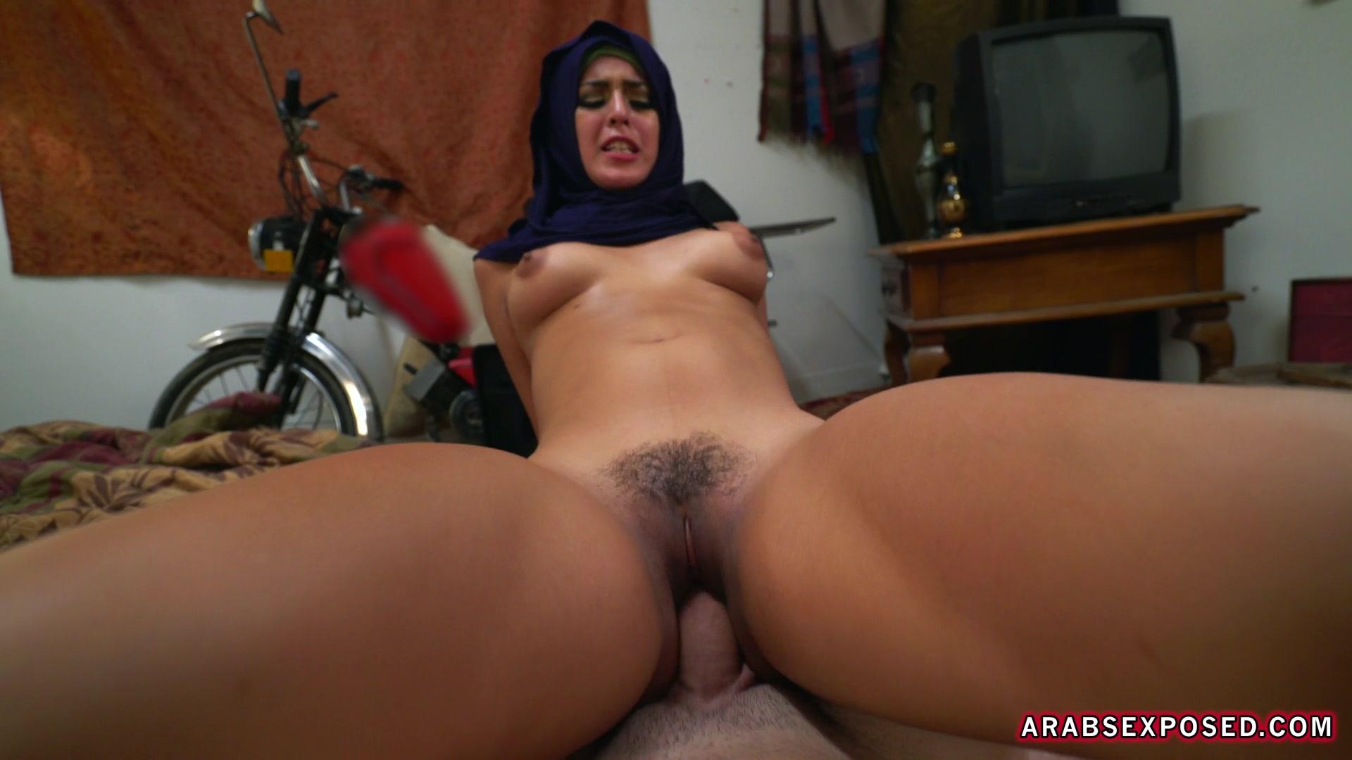 порно видео арабки пышные в машине